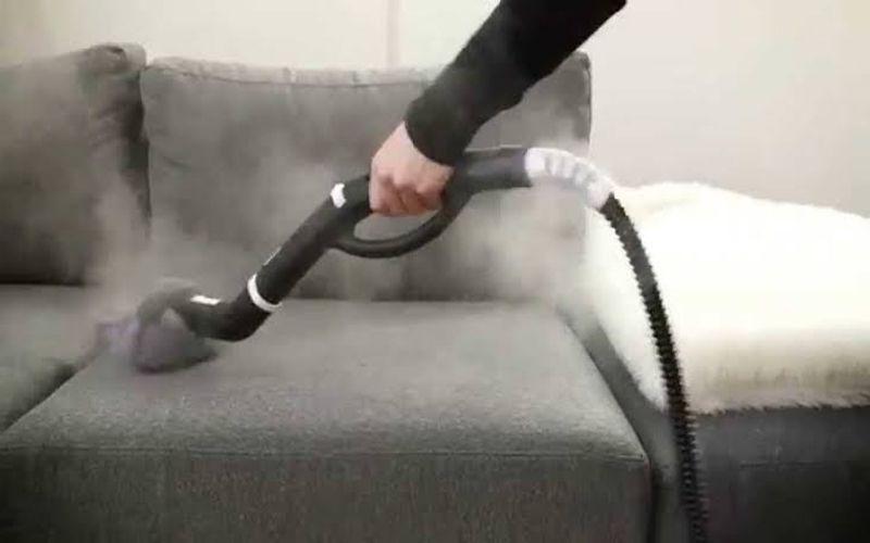 شركة تنظيف الكنب وازالة البقع منة